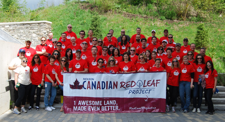 Molson volunteers